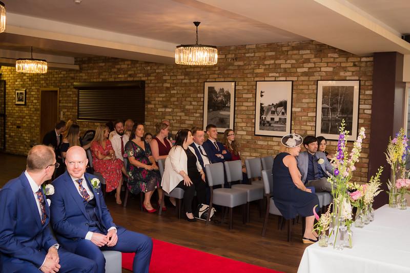 Sam_and_Louisa_wedding_great_hallingbury_manor_hotel_ben_savell_photography-0030.jpg