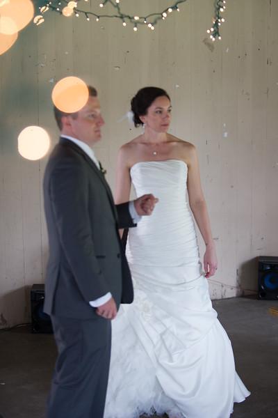 bap_schwarb-wedding_20140906153258_D3S1709