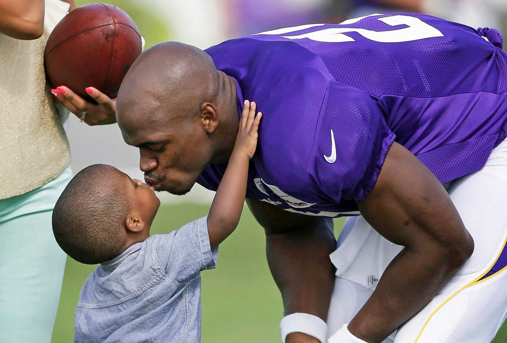 ". <p>10. ADRIAN PETERSON <p>Fell short of 2,500 this year by only a few pregnancies. <p><b><a href=\'http://www.tmz.com/2013/10/16/erica-syion-adrian-peterson-baby-mama-children-count-tmz-live/\' target=""_blank\""> HUH?</a></b> <p>   (AP Photo/Charlie Neibergall)"