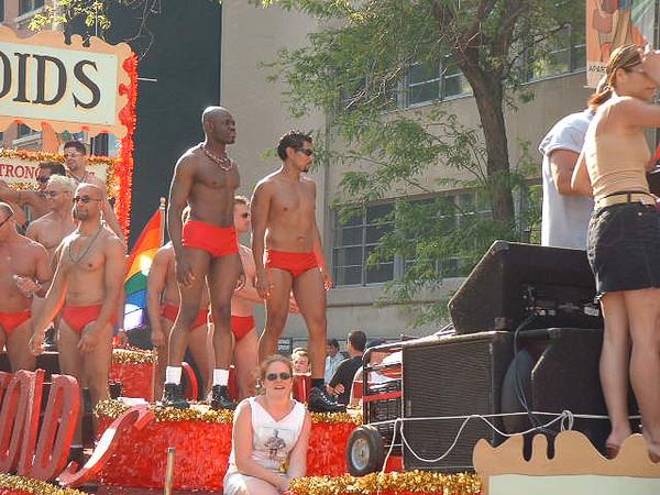 Pride Parade 2001-72.jpg