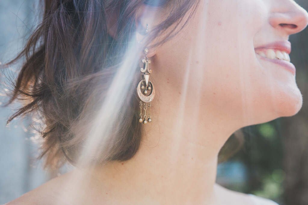 bride's earrings