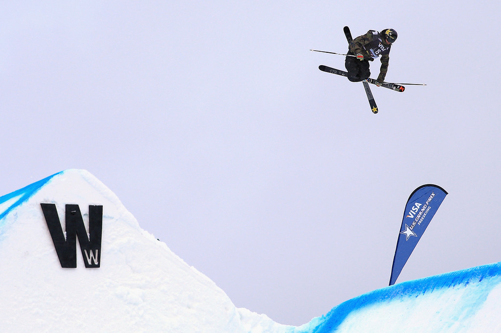 . Mcrae Williams of the United States skis to fourth place in the men\'s FIS Slopestyle Ski World Cup at the U.S. Snowboarding and Freeskiing Grand Prix on December 21, 2013 in Copper Mountain, Colorado.  (Photo by Doug Pensinger/Getty Images)