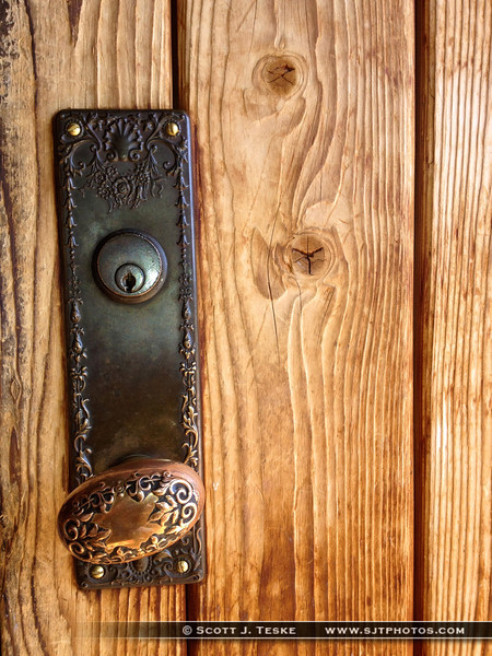 even the doorknob to this place is cool!