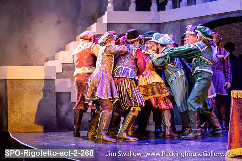 SPO-Rigoletto-act-2-268.jpg