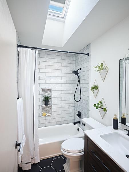 Denver_Bathroom_Angle2_SkylightOpenBlindsThird.jpg