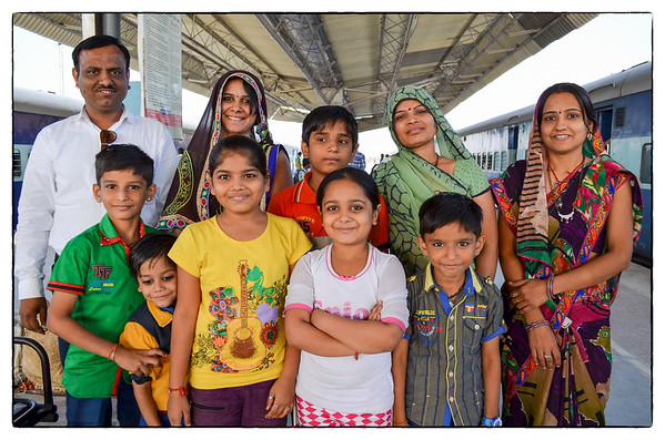 3 - Family at Jaisalmer Train Station (9/11/2014)