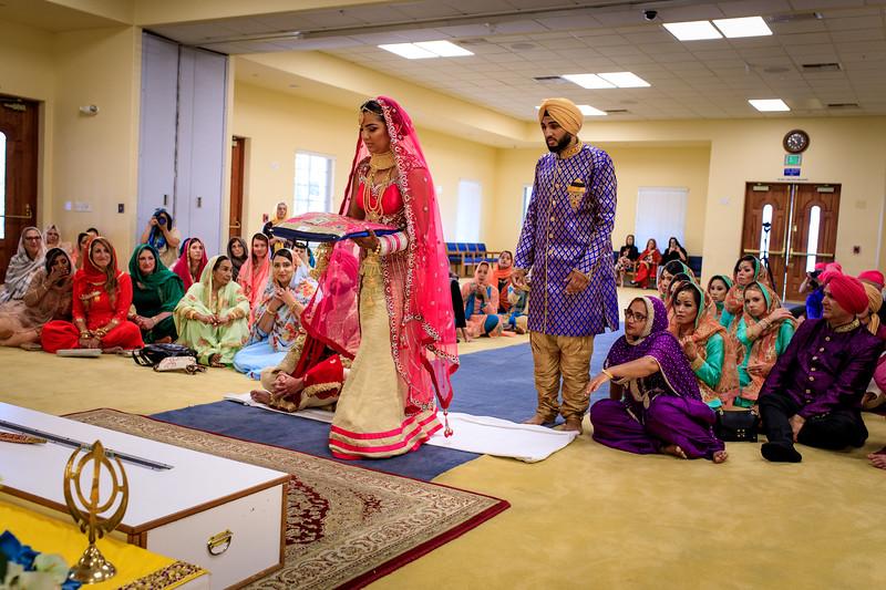 Neelam_and_Matt_Gurdwara_Wedding-1352.jpg