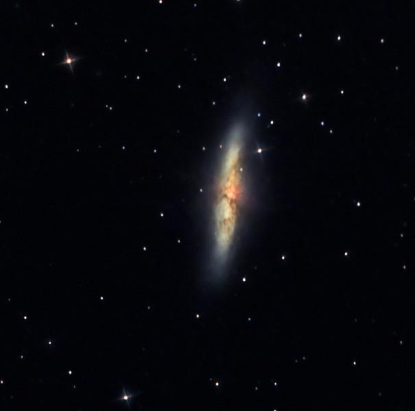 M82 28x90sec 053011 cs  12mly