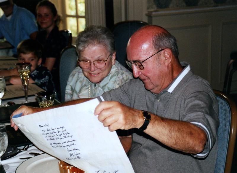 2000_June_Mom_&_Dad_Anniversary_Oglebay_#2_0016_a.jpg
