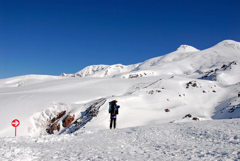 080502 1726 Russia - Mount Elbruce - Day 2 Trip to 15000 feet _E _I ~E ~L.JPG