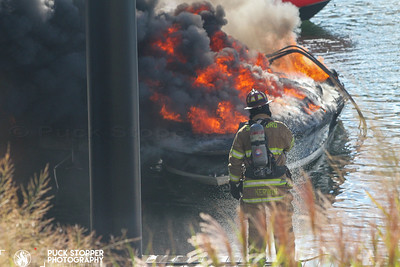 Multiple Boat Fires - Stamford Canal, Stamford, CT - 10/03/20