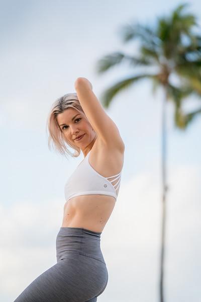 IG - Hawaii - Madeleine Russick - Yoga-808.jpg