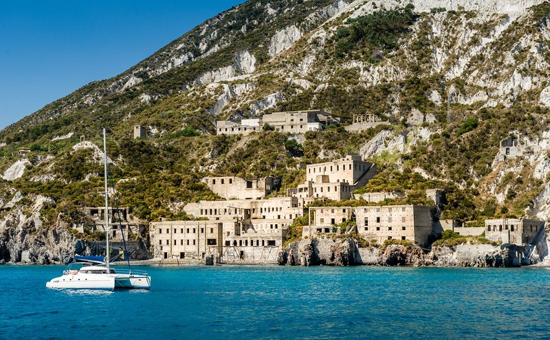 Sailing around Sicily: A oerfect balance of cultural enrichment & captivating coastlines