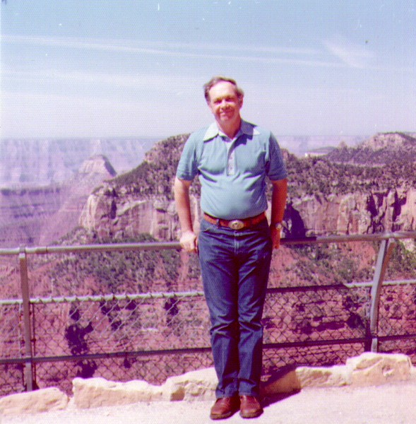 Wayne at Grand Canyon  01-1 - Copy.jpg