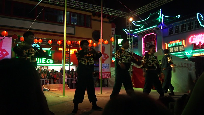 2011-02-05_ChineseNewYear21.MP4
