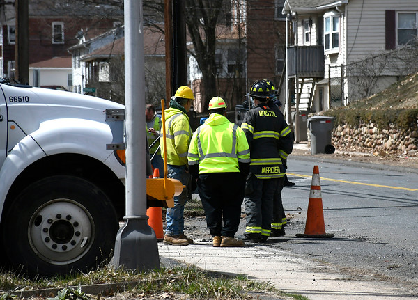 4/5/018 Mike Orazzi   Staff A gas leak closes part of Park Street in Bristol Thursday afternoon.
