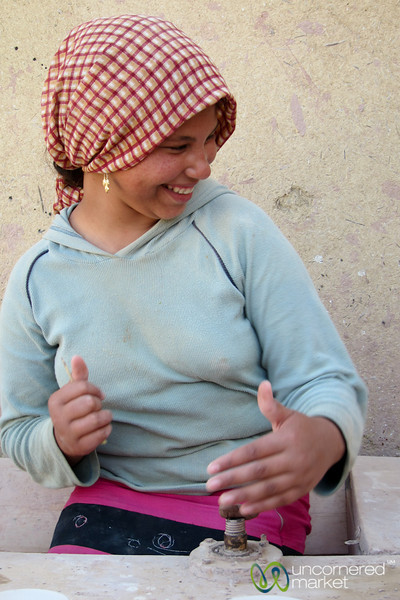 Egyptian Girl Makes Pottery - Tunis, Egypt