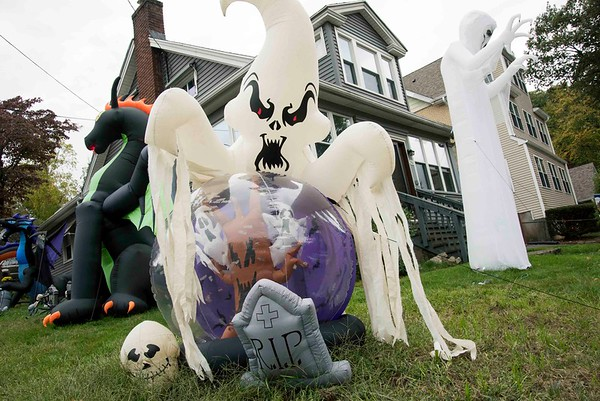 10/07/19 Wesley Bunnell | StaffrrHalloween decorations on a lawn on Rockwell Ave in Bristol.