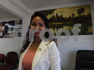 jacksonville-woman-originally-from-cambodia-becomes-an-american