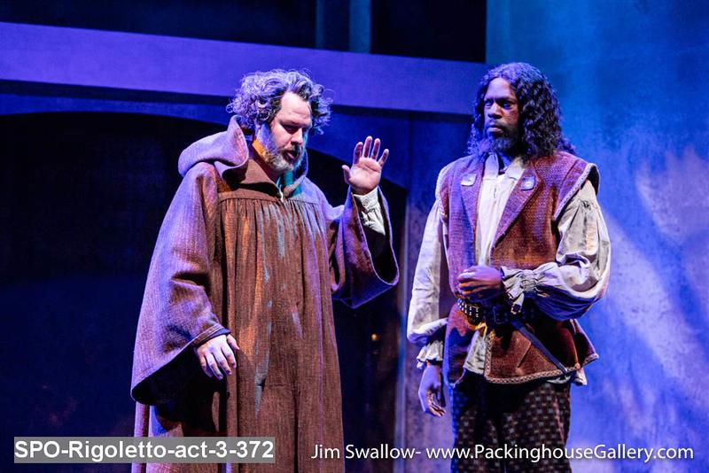 SPO-Rigoletto-act-3-372.jpg