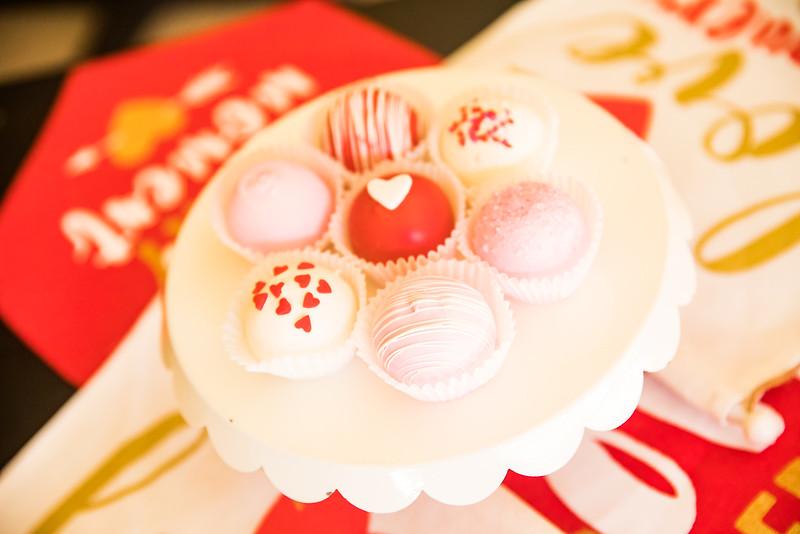 2018-01-23_Frost_Cupcakes_DBAPIX-85_LO.jpg