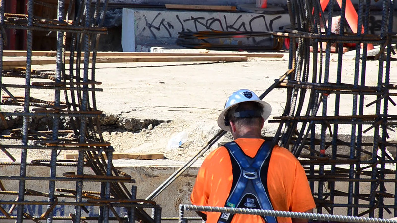 2015-02-09bridge construction 6.MOV