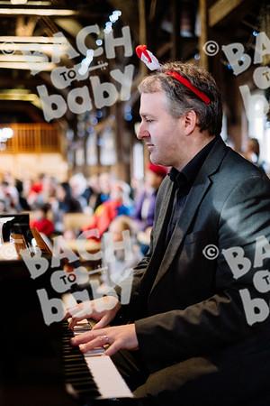 © Bach to Baby 2019_Alejandro Tamagno_Kew_2019-12-05 018.jpg