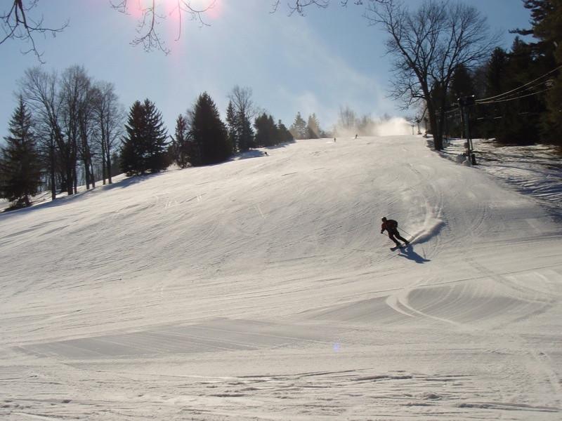 SnowTrailsOpeningDay12_16_09_025.jpg