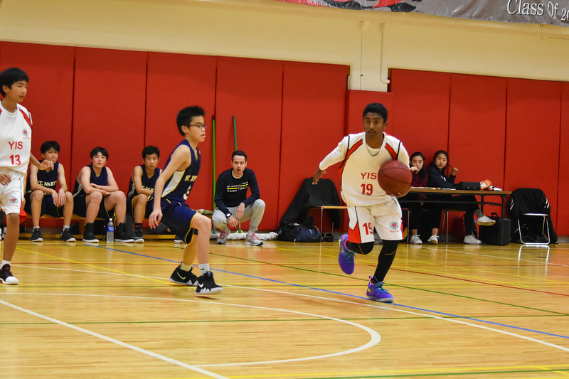 YIS Athletics-MS Boys Basketball-DSC_0075-2018-19.jpg