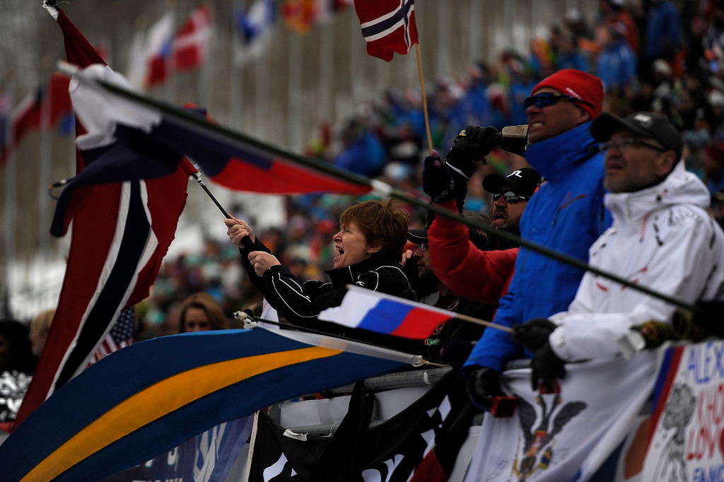 . BEAVER CREEK, CO - FEBRUARY 15: Fans cheer the action during the men\'s slalom. FIS Alpine World Ski Championships 2015 on Sunday, February 15, 2015. (Photo by AAron Ontiveroz/The Denver Post)