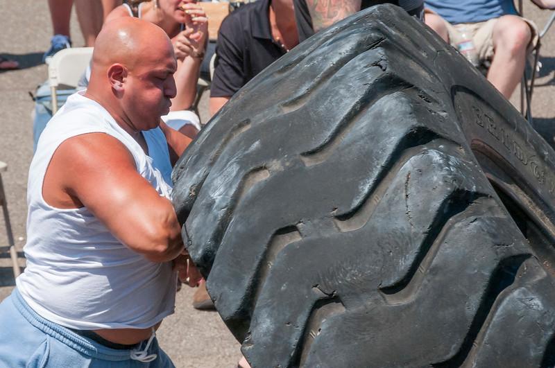 TPS Strongman 2014_ERF1950.jpg