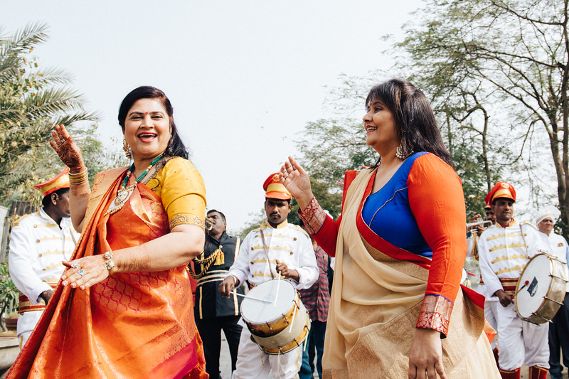 Poojan + Aneri - Wedding Day EOSR Card 1-0357.jpg