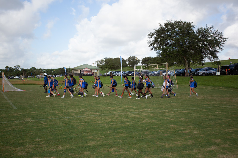 Blue Roses  take  the field