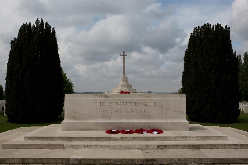 Ypres Tyne Cot Cemetery (29 of 123).jpg