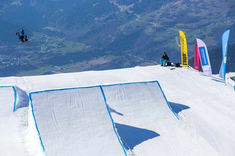 Babs Barnhoorn3-NK Snowboard en Freeski 2017-Laax.jpg