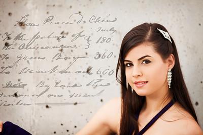 High School Senior Diva: Valerie