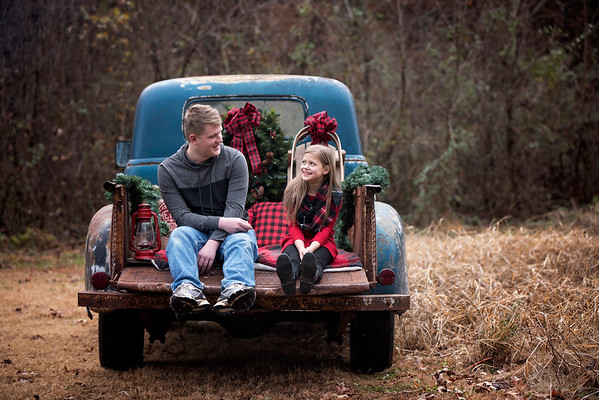 Christian and Christina Froelich Christmas mini 2018