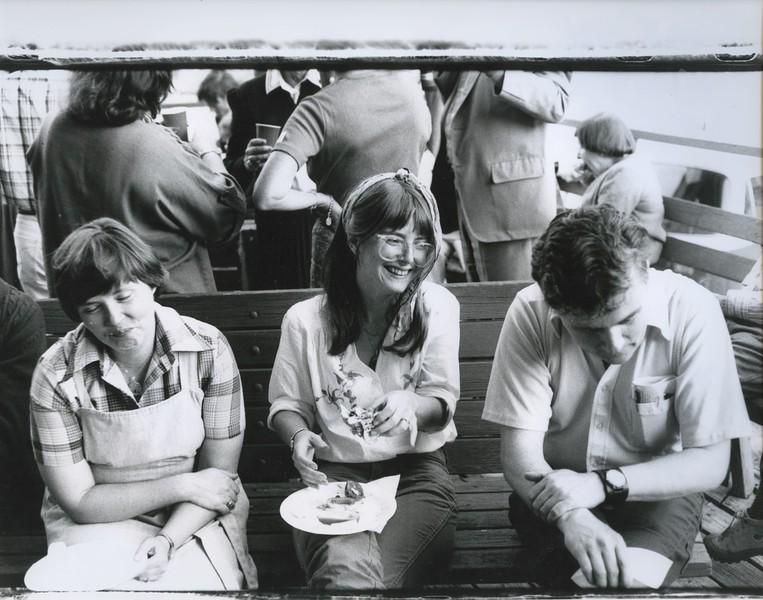 1981 - lunch.jpeg