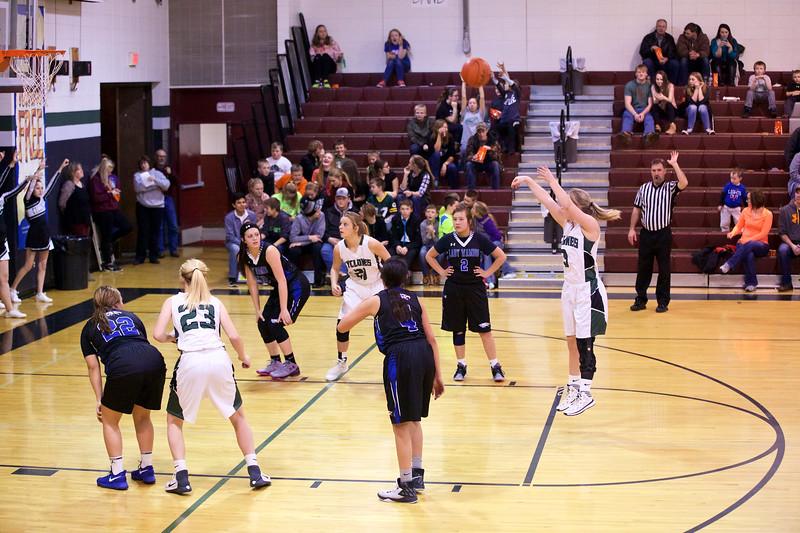 '17 Cyclones Girls Basketball 495.jpg