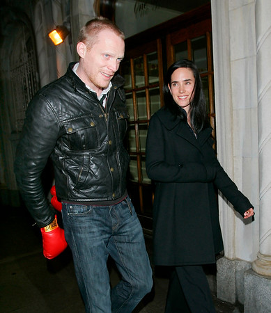 2008-02-26 - Ashlee Simpson, Pete Wentz, Jennifer Connelly and Paul Bettany