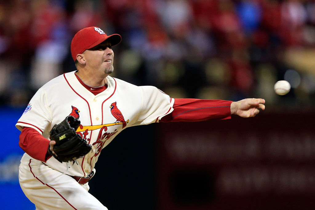 . ST LOUIS, MO - OCTOBER 26:  Randy Choate #36 of the St. Louis Cardinals pitches in the sixth inning against the Boston Red Sox during Game Three of the 2013 World Series at Busch Stadium on October 26, 2013 in St Louis, Missouri.  (Photo by Jamie Squire/Getty Images)