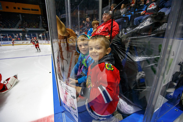 12-03-16 IceHogs vs. Griffins