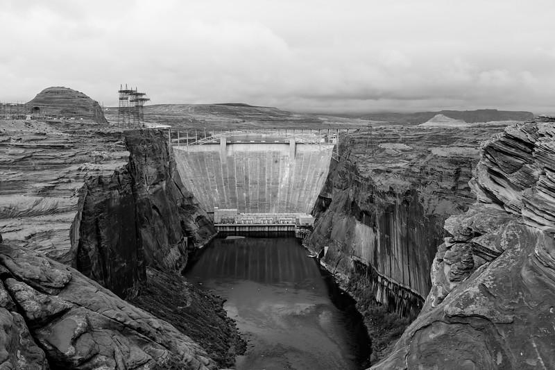 glen-canyon-dam-bw-10.jpg