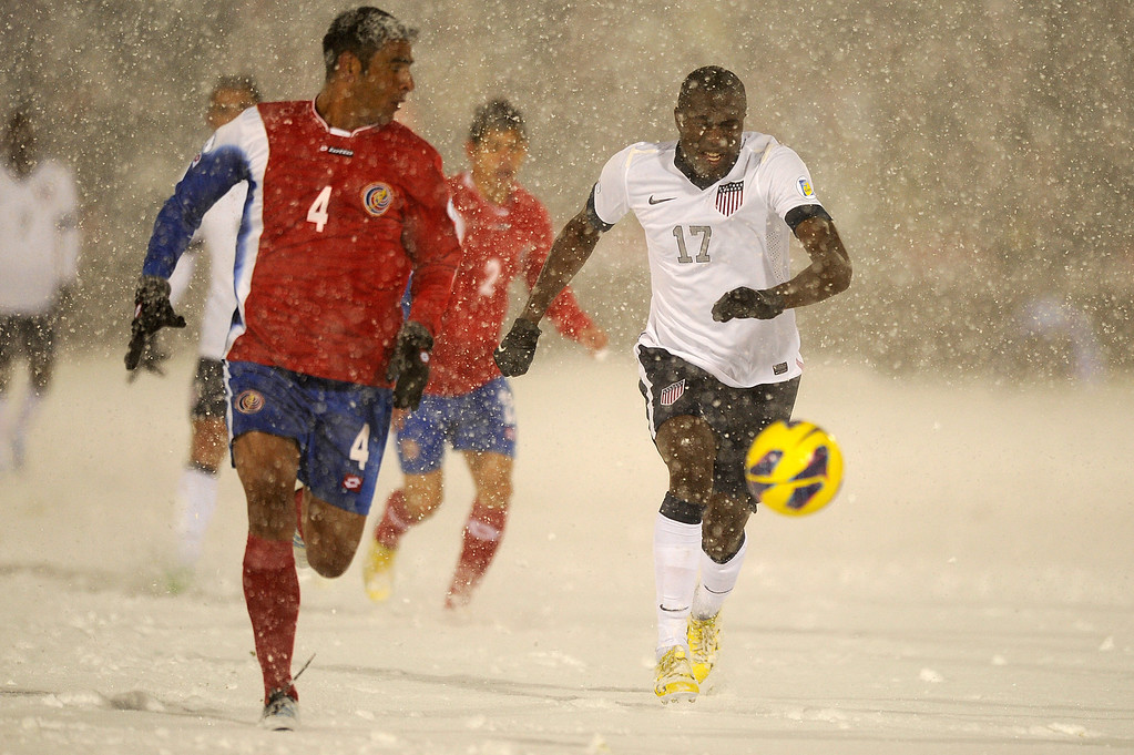 . COMMERCE CITY, CO - MARCH 22: United States forward Jozy Altidore (17) sprints after a ball with Costa Rica defender Michael Umana (4) during the second half of a FIFA 2014 World Cup Qualifier at Dick\'s Sporting Goods Park on March 22, 2013, in Commerce City, Colorado. The United States won 1-0. (Photo by Daniel Petty/The Denver Post)