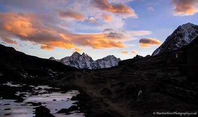 2003-04 Ultimate Everest Trek
