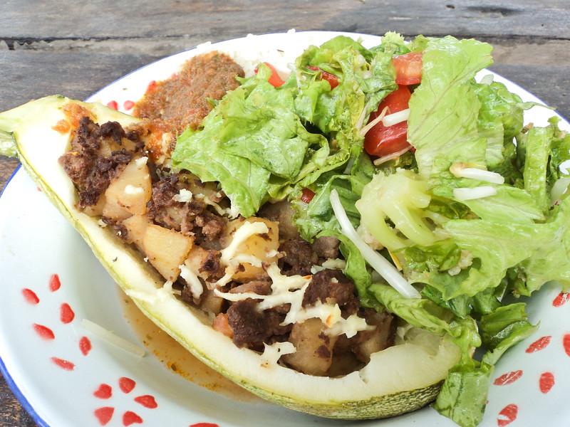 stuffed-zucchini-with-salad_5532191247_o.jpg