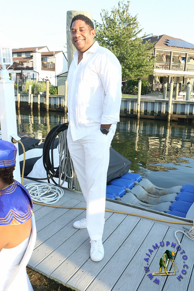 MAXINE GREAVES PURE WHITE ONTHE BAY A TOUCH OF AFRICA-13.jpg