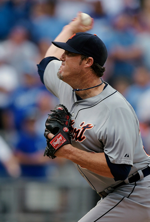 . Detroit Tigers relief pitcher Joe Nathan (36) throws against the Kansas City Royals during the ninth inning of a baseball game Saturday, Sept. 20, 2014, in Kansas City, Mo. (AP Photo/Reed Hoffmann)