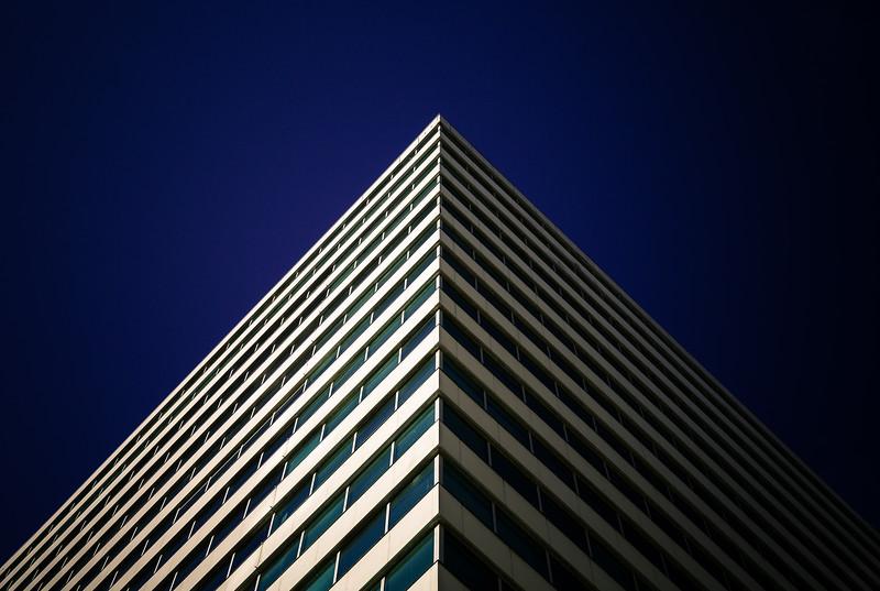 Pyramidal_.jpg