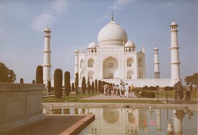 12 Taj Mahal